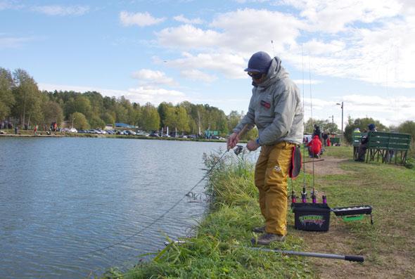 платная рыбалка осень в Подмосковье цены